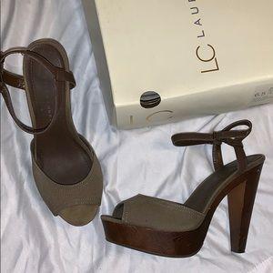 LC Conrad strappy platform sandal